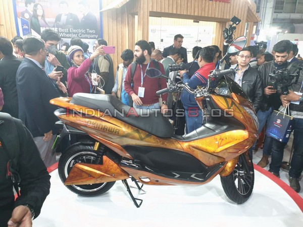 Side shot of the scooter